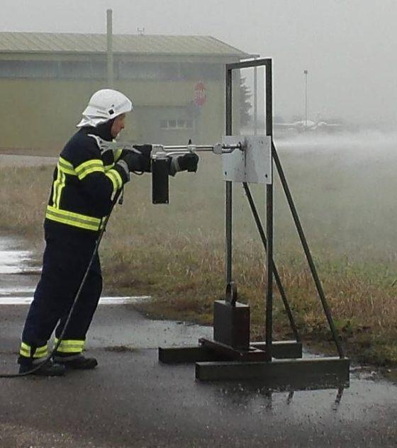 wj-fe-300-vatrogasni-uređaj-cromet-rijeka-gallery-3