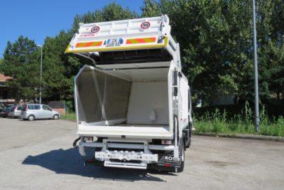 komunalno-vozilo-za-prikupljanje-otpada-rossi-kro2000-cromet-rijeka-1