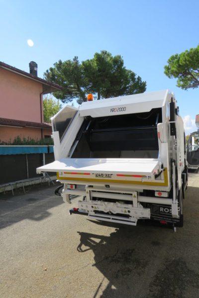 komunalno-vozilo-za-prikupljanje-otpada-rossi-kro2000-cromet-rijeka-5