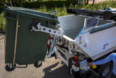 komunalno-vozilo-za-prikupljanje-otpada-rossi-qube-cromet-rijeka-10
